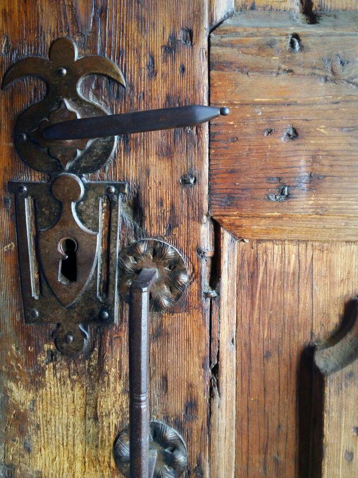 #vintage,#olddoor, #wood