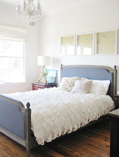 Frilly bed over the bed art crafts pinterest - Over the bed art ...