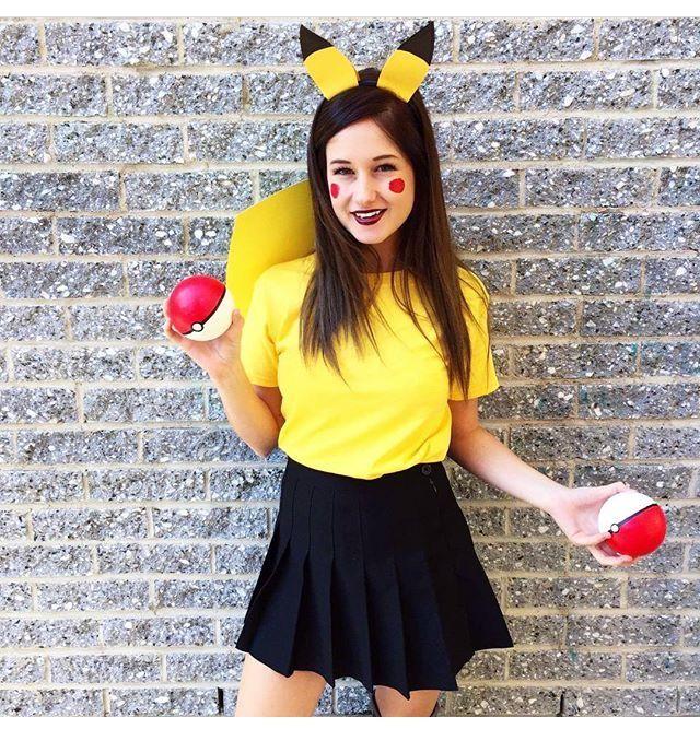 Emma Verde ♥très belle notre Emma dans le déguisement de de pokémon