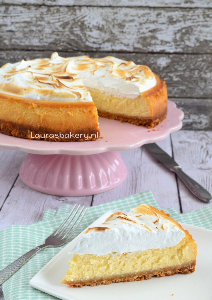 Lemon meringue cheesecake - Laura's Bakery