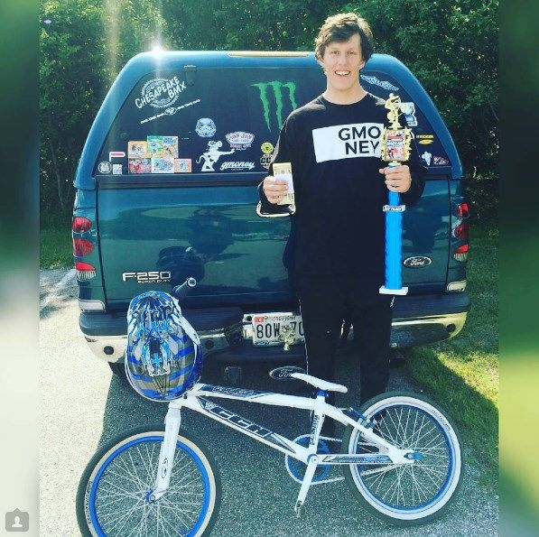 Cash in Hand.💵G Money Brand. BMX racer🚩🚩 1st place and Winning 💯👉💲🏆🚲 Check us out online and snag up a T. Link in Bio. TAG your friends! #skateboarding #streetwearclothing #streetwear #gmoney #instafashion #coachella #insta #fresh #instagood #huntingtonbeach #snowboarding #styles #dope #newyork #surfing #losangeles #fashion #longbeach #breakdancing #beverlyhills #la #rap #bmxlifestyle #skateboarding #hiphop #skateshop #bmxlife #urbanclothing #dope #fitness #newbrand #bmx