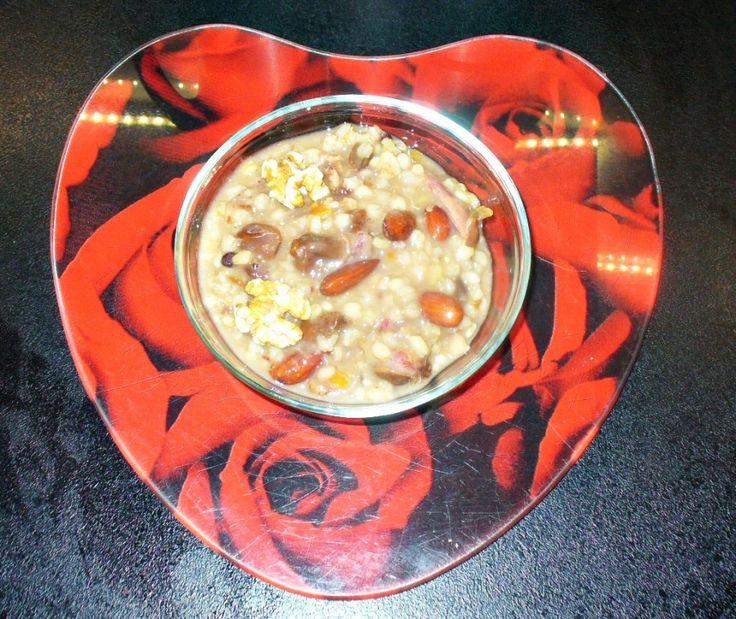 Asure - Noah's Süßigkeit: Eine türkische süße Suppe