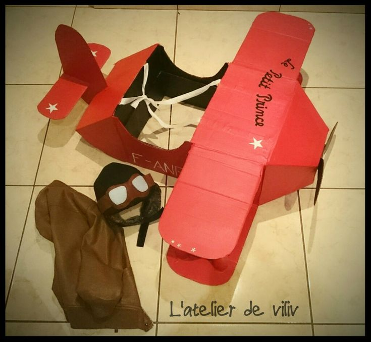 DIY : Un déguisement d'avion en carton