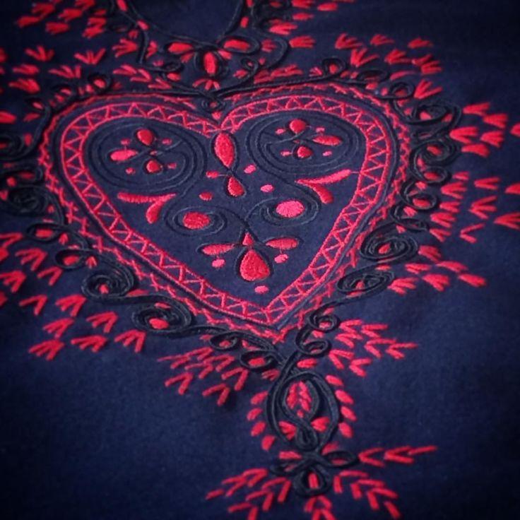 #kyjovskykroj #výšivka #bluered #mistříňanka #heart #musicians #playfromheart #ilovejiznimorava