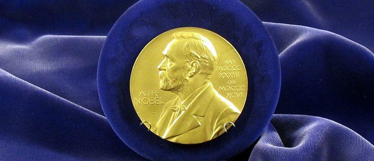 http://mundodelivros.com/nobel/ - Os Nobel são prémios de excelência atribuídos anualmente a quem mais se distinguiu no campo das artes, ciências e humanidades. A ideia de criar tal distinção ocorreu ao inventor sueco, Alfred Nobel que, no seu testamento, deixa clara a sua intenção de que o Nobel deveria ser entregue nas categorias de Física, Química, Medicina, Paz e, claro está, Literatura. Para que tal acontecesse, garantiu cerca de 94% da sua fortuna à causa.