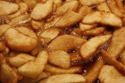 Cinnamon Apples / Apple Pie Filling Recipe ~ A Sensible Momma