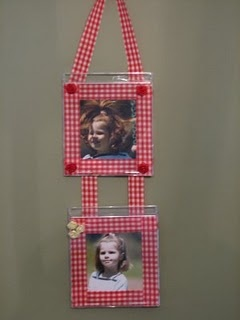 In deze hanger van cd-hoesjes kun je je mooiste foto's laten zien.