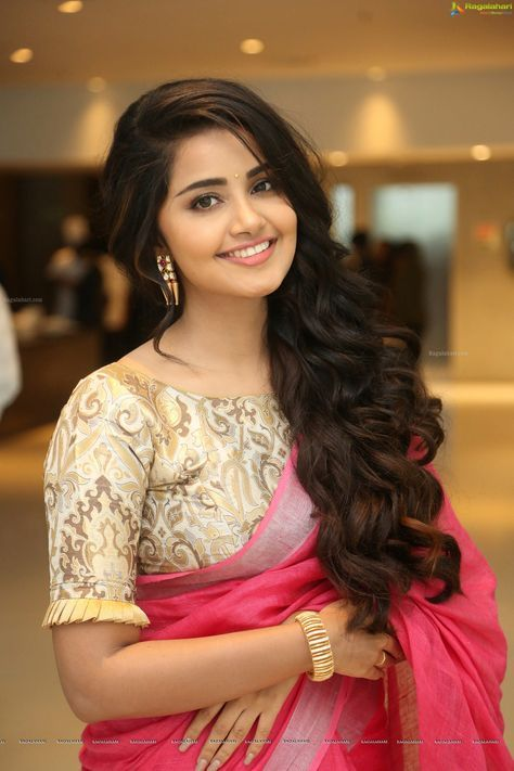 Anupama Parameswaran At Vunnadhi Okate Zindagi Thanks Meet Hd