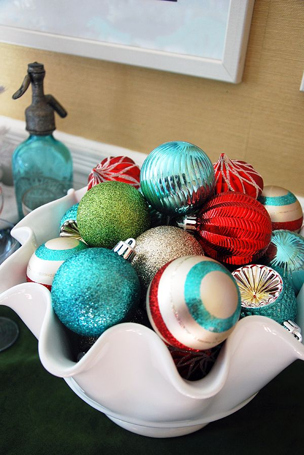 Dining Room Christmas Decorations in Teal, Red and Mint Green