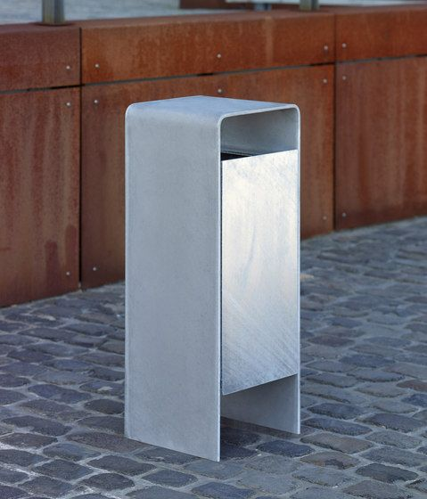 Exterior bins street furniture versio corpus litter bin check it out on architonic little Urban home furniture online