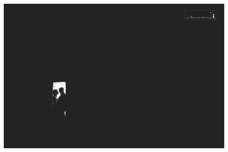 #weddingcars #weddingreportage #atelierlaperla #atelierlaperlaiannucci #iermanofoto #bride #destinationwedding #weddingday #weddingdress #weddingtable #location #loveitaly #italy #italia #weddinglocation #weddinginitaly #avellino #benevento #caserta #sorrento #details #positano #amalficoast #villaclodia