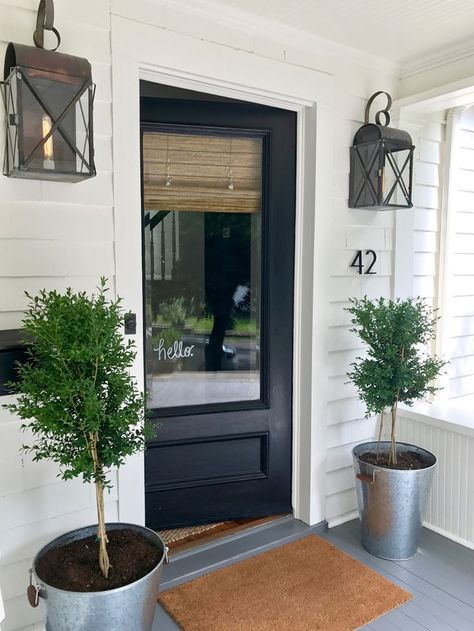 Need this hello vinyl!! - pretty entryway - Modern Farmhouse Entryway New England