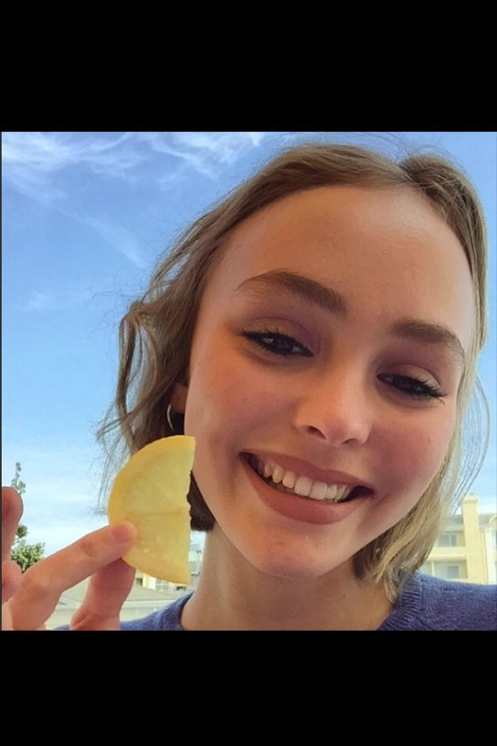 Johnny Depp On Lily Rose Depp: 'I'll Never Stop Worrying About Her' - Here Are Some Of Lily's Best Instagram Pictures