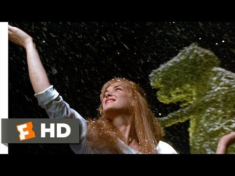 Edward Scissorhands (3/5) Movie CLIP - Edward Makes Snow (1990) HD - YouTube This scene makes me cry
