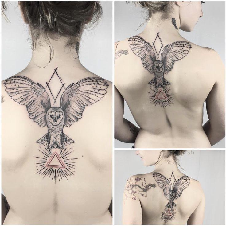 Lahhel. tattooist. professional. barcelona. 2017. meatshoptattoo. tattoos. menwith ink. owl. nature. geometric. back. ink. beautiful. women.