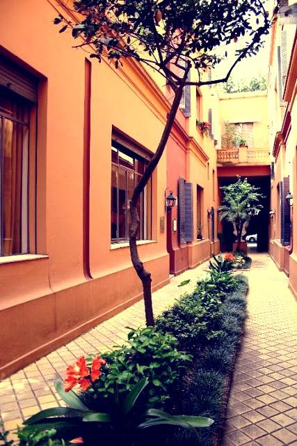 Pasaje Rue des Artisans, Barrio de Recoleta. Buenos Aires, Argentina