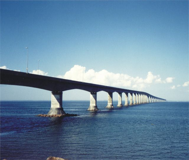 The Confederation Bridge (French: Pont de la Confédération) is a bridge spanning the Abegweit Passage of Northumberland Strait, linking Prince Edward Island with mainland New Brunswick, Canada.