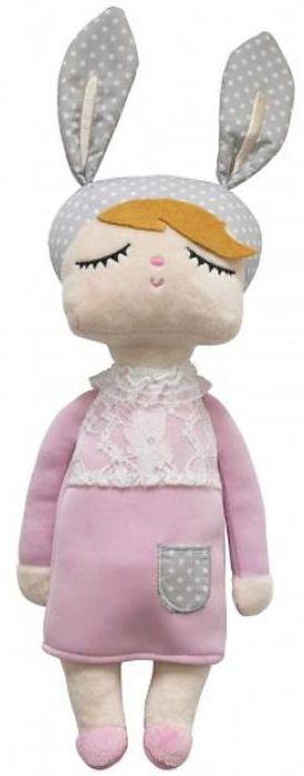 Dit zachte Kanindocka knuffelpopje / Lapin doll is heerlijk mee te knuffelen of te spelen en veel te vinden op Instagram en Pinterest als eyecatcher in vele kinderkamers.