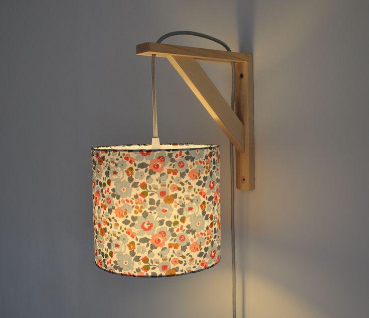 Lampe équerre - applique murale - liberty betsy porcelaine : Luminaires par belamp