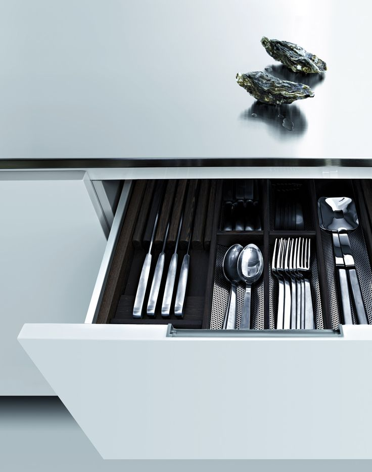 MATRIX KITCHEN CABINETRY Designed by Paolo Piva
