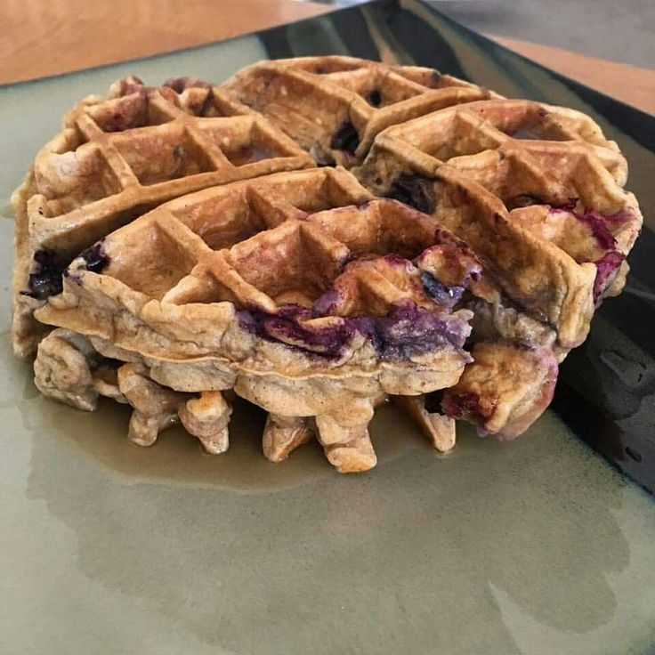 Blueberry Banana Caramel Herbalife Waffles.    Ingredients:  • 1/2 cup of egg whites   • 2 scoops Banana Caramel Formula 1   • 2 scoops Protein Drink Mix   • 1/2 cup of oatmeal   • Dashes of Cinnamon   • 1/4 - 1/2 cup Blueberries