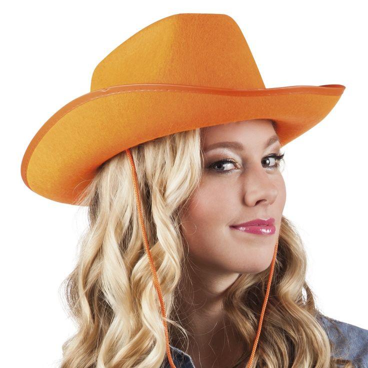 Maak je outfit voor Koningsdag af met deze oranje cowboyhoed! Bekijk onze website voor meer hoeden.
