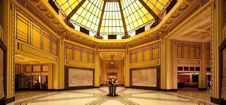 Peace Hotel Shanghai. Lobby