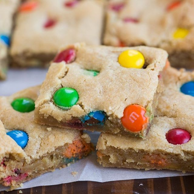 These babies have all the right stuff. 🎉 Soft and chewy bars loaded with M&Ms.👍M&M COOKIE BARS of my dreams 😍😋 http://tastesbetterfromscratch.com/mm-cookie-bars/