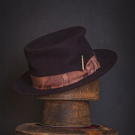 Hat 203