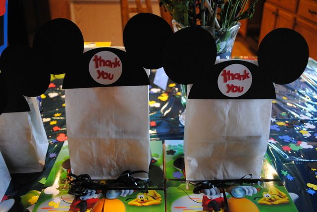Mickey Mouse Goody Bags  Used Mickey & Friends and Mickey Font Cricut Cartridges   #Cricut