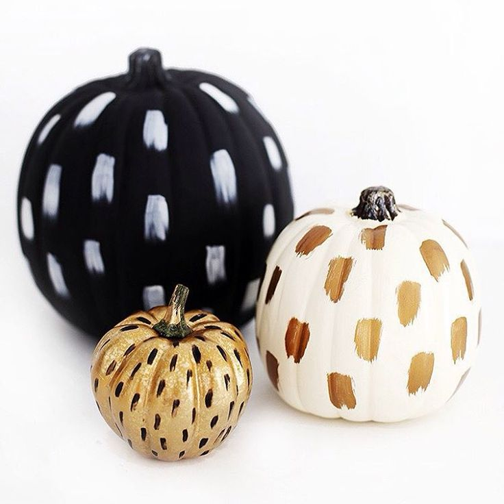 It's September! (How?!) Try out these easy brushstroke craft pumpkins for some fall decor to keep around all season.