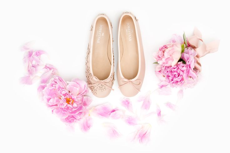 The big day is coming, the preparations are almost ready and the perfect shoe for the bride is a must. Inspired in a dream woman, the new Josefinas Kate will walk you through that special day   Meet Josefinas Kate at www.josefinas.com/bride. #JosefinasPortugal #WeddingDay