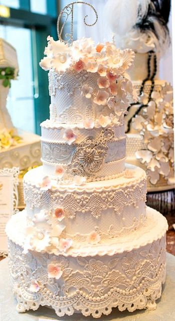 Earlene S Cakes Custom Wedding Cakes