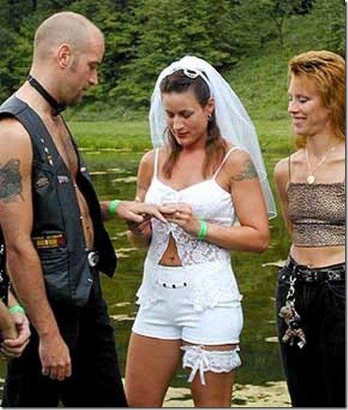 Abiti da sposa imbarazzanti