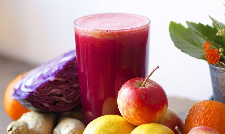 Un succo invernale che aiuterà il vostro metabolismo. Facile, veloce e delizioso! Provate la ricetta!