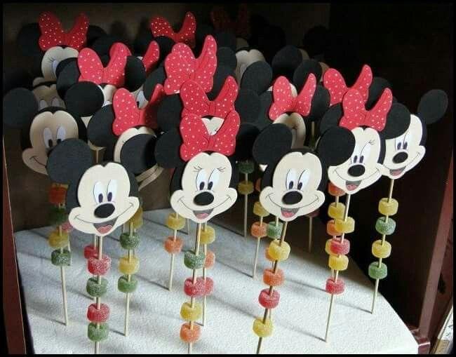 Brochetas dulces Minnie y Mickey