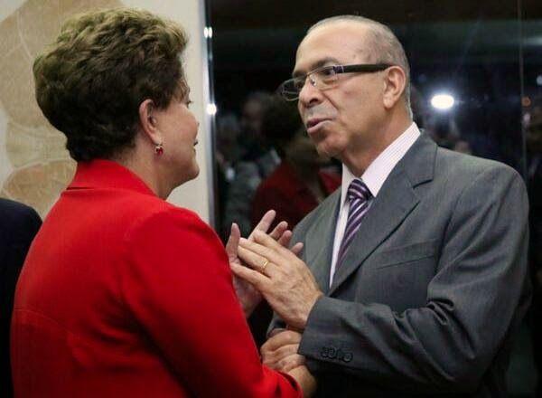 Dilma Rousseff e líderes peemedebistas confirmam aliança nacional