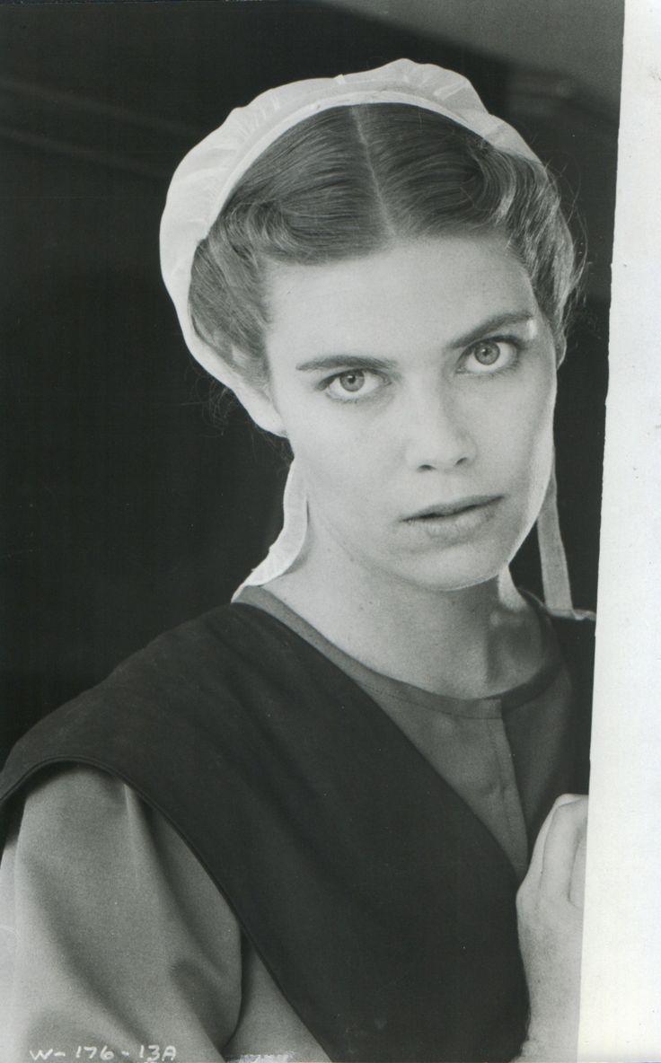 """Kelly MCGillis as Rachel Lapp in Peter Weir's """"Witness"""""""