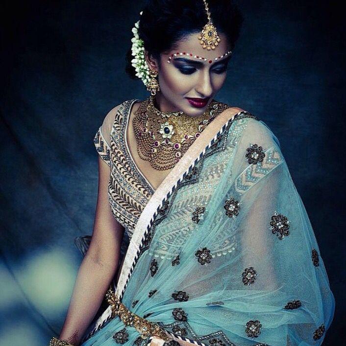 #indianwedding #waliajones #fashion #australia #indian #bluelehenga #desiwedding. #onlineshopping