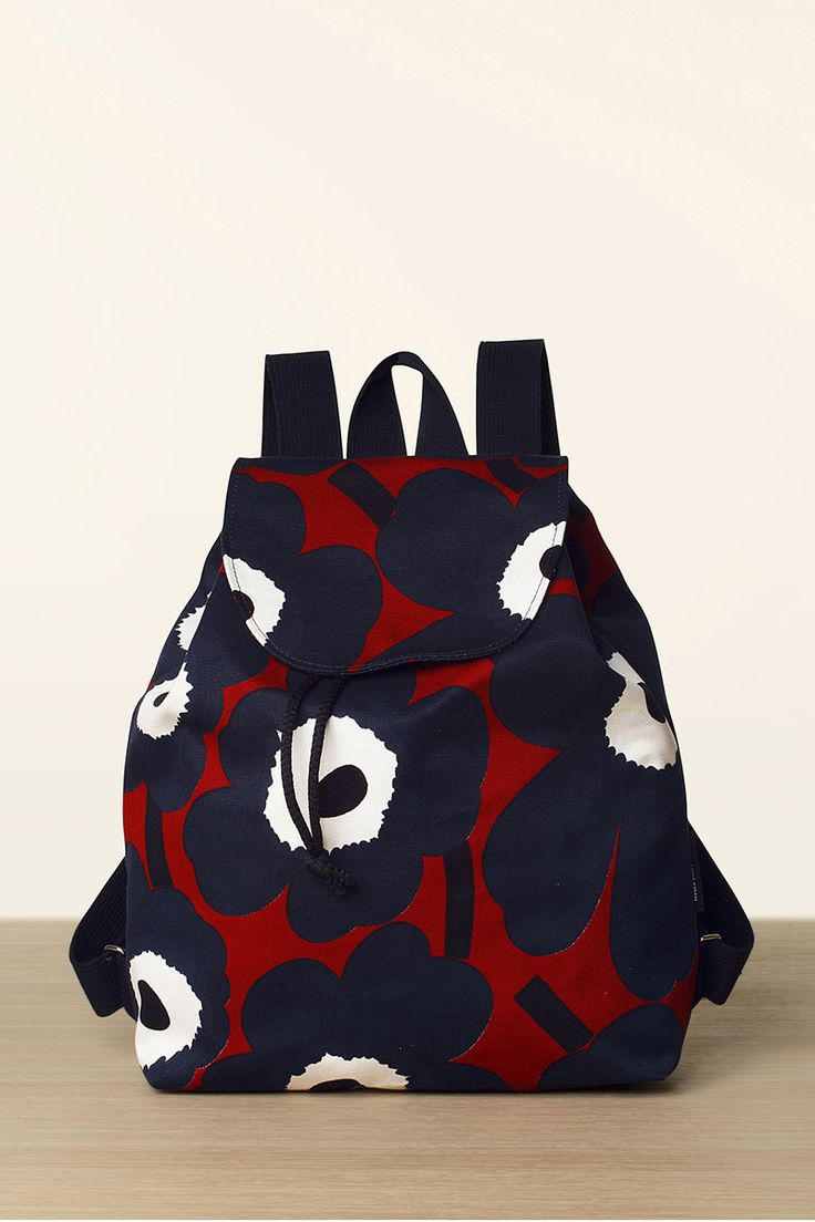 Collection: Bags Fall 2016. Print: Maija Isola 1964 & Kristina Isola 2009. Material: 100% cotton canvas. Description: Canvas backpack with adjustable shoulder straps. Drawstring top with a magnetic sn