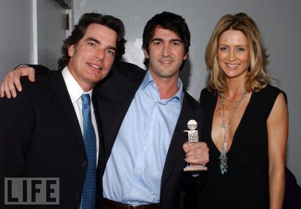 Peter Gallagher, Josh Schwartz, and Kelly Rowan