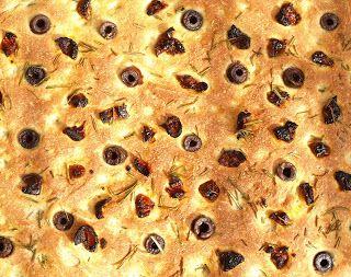 CHEZ LUCIE: Focaccia - Výzva The Daring Bakers'