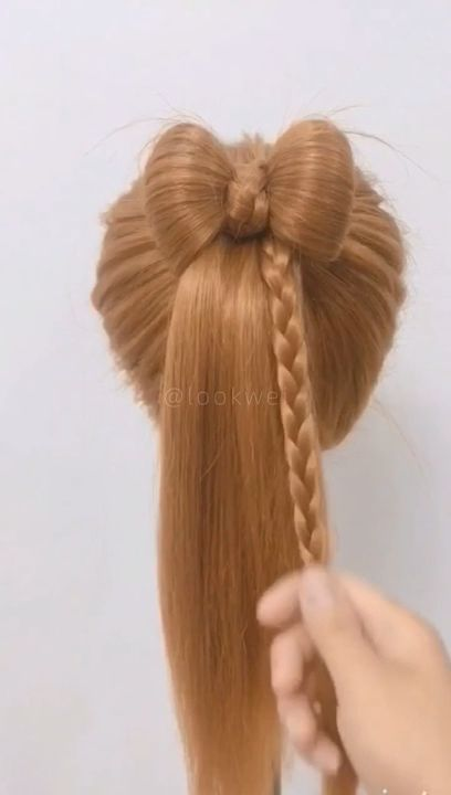 Girls like beautiful bow hairstyles