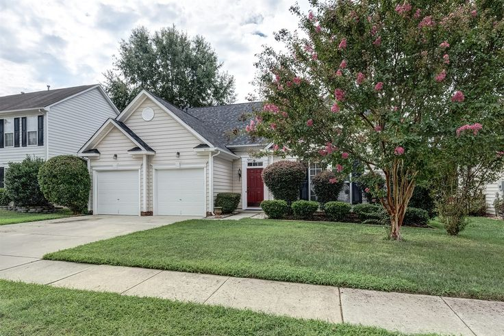 Fabulous Open Floor Plan, 3 BD/2 BA Ranch Home in Indian Trail! Contact Wendy Richards, Keller Williams Realty - Ballantyne, 704-604-6115 for more information.
