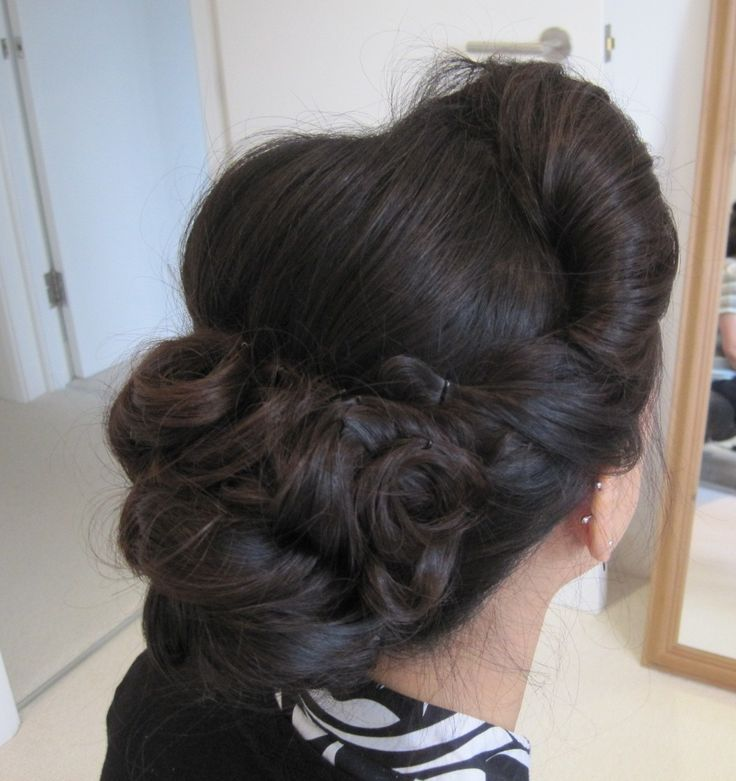 1940's inspired wedding hair www.weddingmakeupandhairstyling.co.uk Hair Makeup by Katy Richards