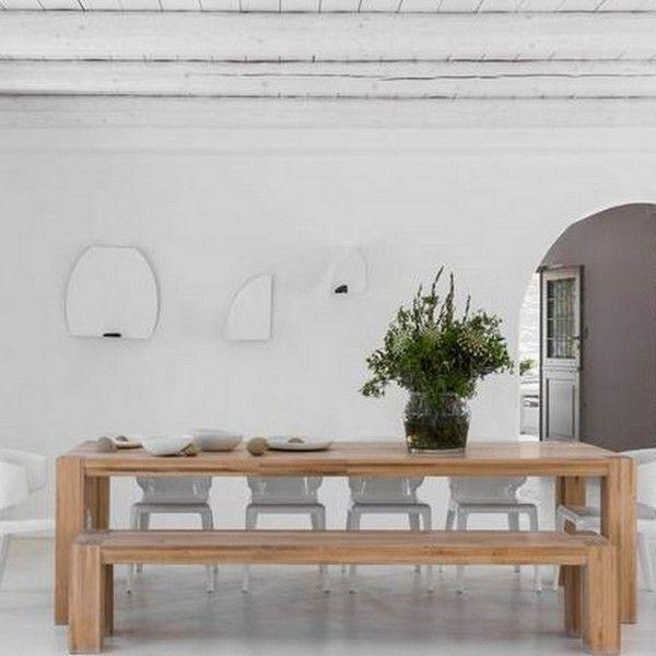 Una casa estilo neo-rústico con diseño escandinavo