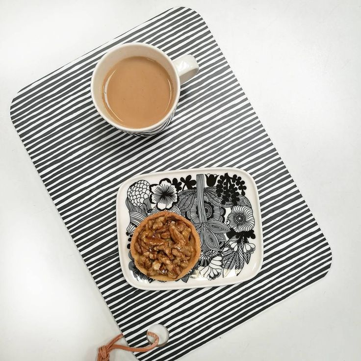 Time for afternoon tea! Featuring yummy treats from the Tannery Street Bakery. A great range of Oiva plates and mugs available in-store and online now. #stripe #monochrome #treat #coffee #foodie #design