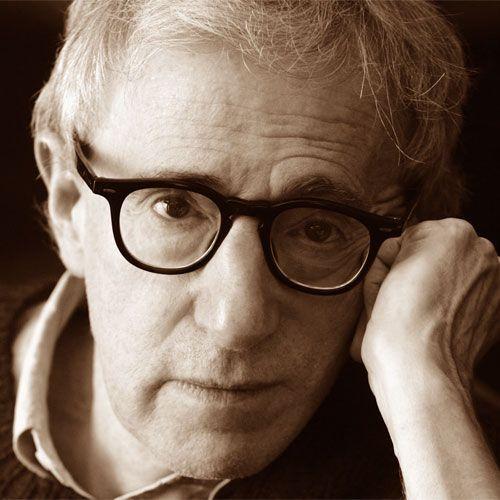 Non ho niente contro Dio, è il suo fan club che mi spaventa. (Woody Allen)