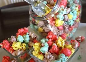 Sweet Glazed Rainbow Caramel What could be better than combining two of our favorite things: popcorn and rainbow colors! Wait, there's more! Read the blog post about this recipe.Popcorn Recipe