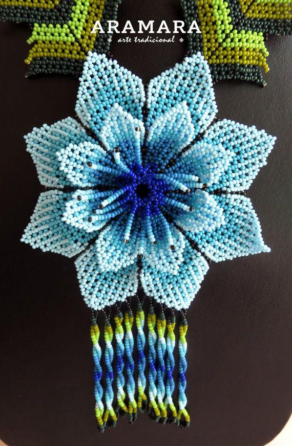 Mexicana Huichol con cuentas azul flores collar por Aramara en Etsy
